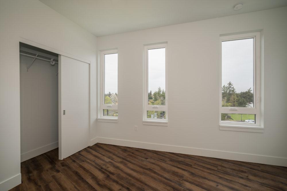 windows apartment Portland